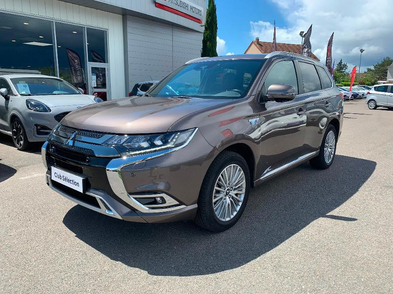 Mitsubishi Outlander PHEV Twin Motor Instyle 4WD Marron occasion à Olivet - photo n°3