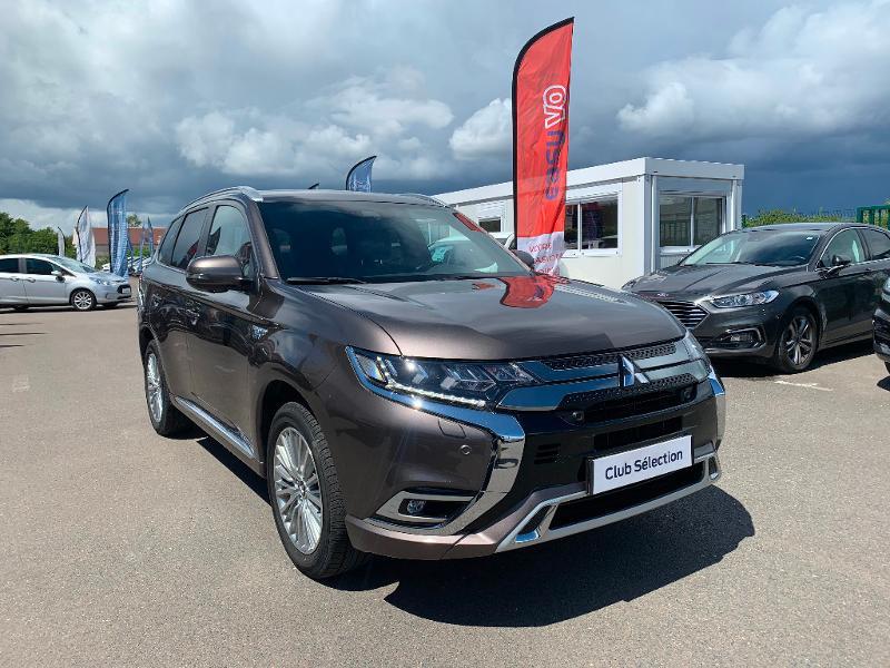 Mitsubishi Outlander PHEV Twin Motor Instyle 4WD Marron occasion à Olivet