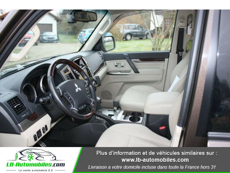 Mitsubishi Pajero 3.2 DI-D 190 INSTYLE BVA Marron occasion à Beaupuy - photo n°5
