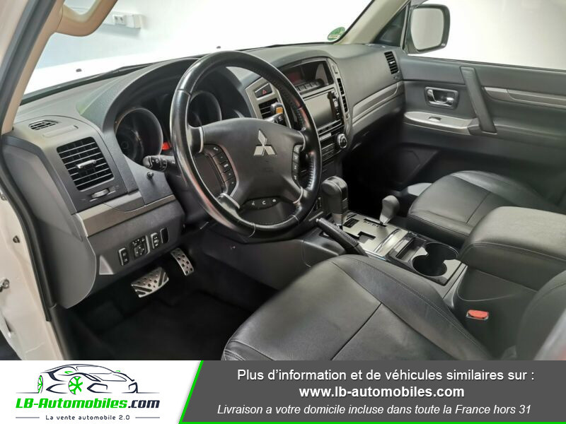 Mitsubishi Pajero 3.2 DI-D 190 INSTYLE BVA Blanc occasion à Beaupuy - photo n°4