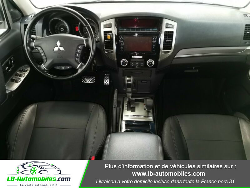 Mitsubishi Pajero 3.2 DI-D 190 INSTYLE BVA Blanc occasion à Beaupuy - photo n°2