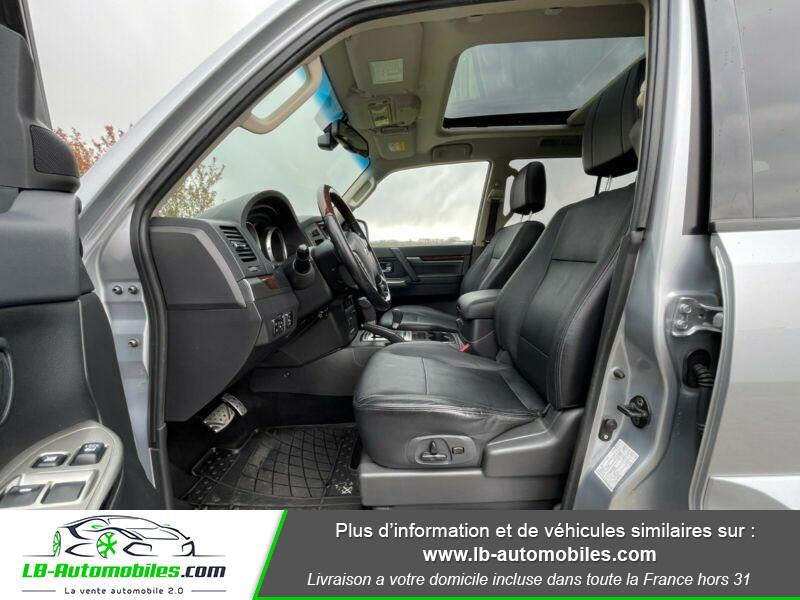 Mitsubishi Pajero 3.2 DI-D 200 INSTYLE BVA 5P  occasion à Beaupuy - photo n°4