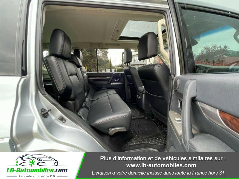 Mitsubishi Pajero 3.2 DI-D 200 INSTYLE BVA 5P  occasion à Beaupuy - photo n°5
