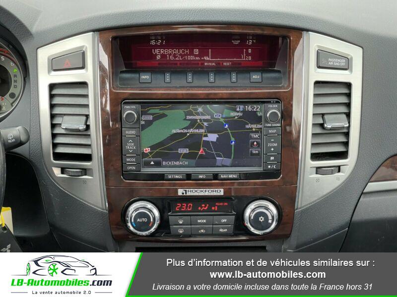 Mitsubishi Pajero 3.2 DI-D 200 INSTYLE BVA 5P  occasion à Beaupuy - photo n°8