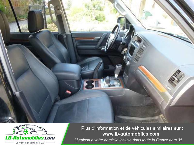 Mitsubishi Pajero 3.2 DI-D 200 INSTYLE BVA 5P Noir occasion à Beaupuy - photo n°10