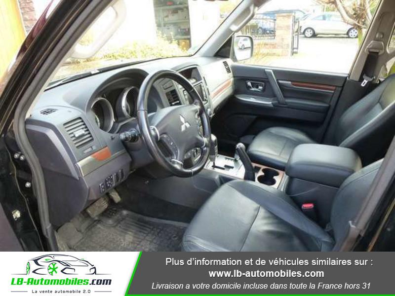 Mitsubishi Pajero 3.2 DI-D 200 INSTYLE BVA 5P Noir occasion à Beaupuy - photo n°9