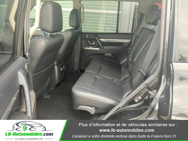 Mitsubishi Pajero 3.2 DI-D 200 INSTYLE BVA 5P Noir occasion à Beaupuy - photo n°5