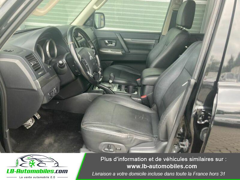 Mitsubishi Pajero 3.2 DI-D 200 INSTYLE BVA 5P Noir occasion à Beaupuy - photo n°4