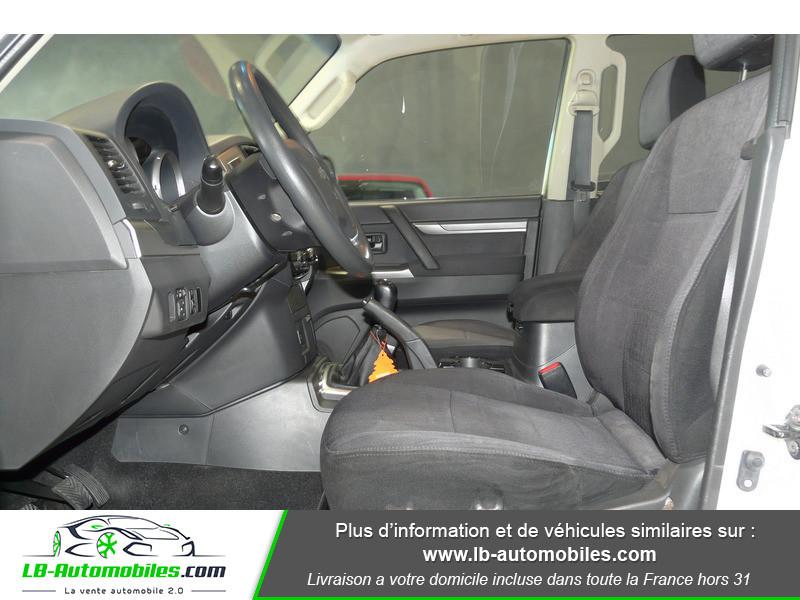 Mitsubishi Pajero 3.2 DI-D 200 INVITE 5P Blanc occasion à Beaupuy - photo n°4