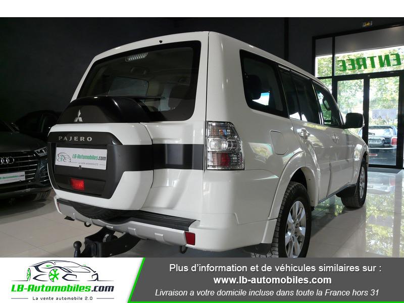 Mitsubishi Pajero 3.2 DI-D 200 INVITE 5P Blanc occasion à Beaupuy - photo n°3