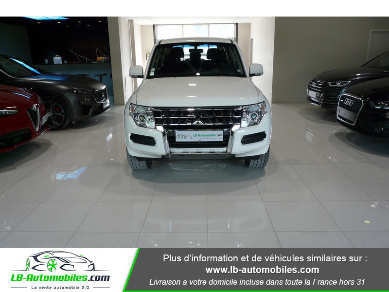 Mitsubishi Pajero 3.2 DI-D 200 INVITE 5P Blanc occasion à Beaupuy - photo n°11