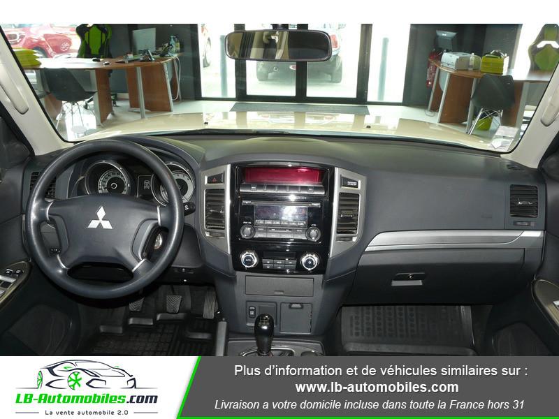 Mitsubishi Pajero 3.2 DI-D 200 INVITE 5P Blanc occasion à Beaupuy - photo n°2