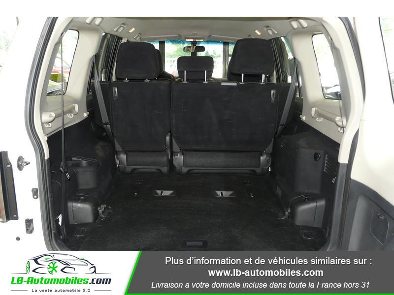 Mitsubishi Pajero 3.2 DI-D 200 INVITE 5P Blanc occasion à Beaupuy - photo n°6