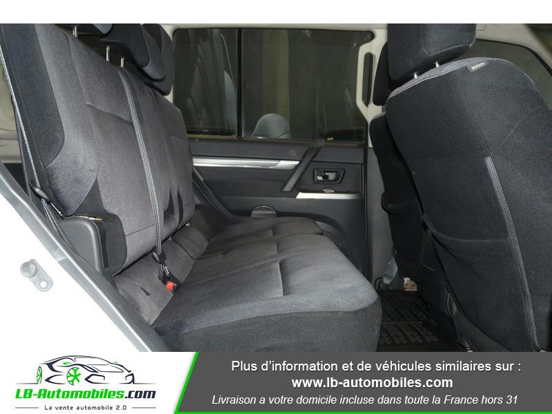 Mitsubishi Pajero 3.2 DI-D 200 INVITE 5P Blanc occasion à Beaupuy - photo n°7