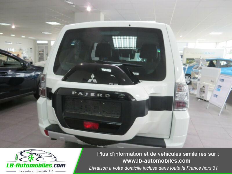 Mitsubishi Pajero 3.2 DI-D Blanc occasion à Beaupuy - photo n°7