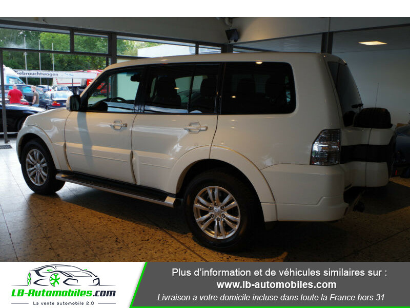 Mitsubishi Pajero 3.2 DI-D Blanc occasion à Beaupuy - photo n°10