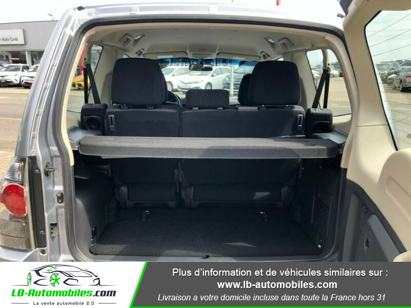 Mitsubishi Pajero 3.2 DI-D Argent occasion à Beaupuy - photo n°12