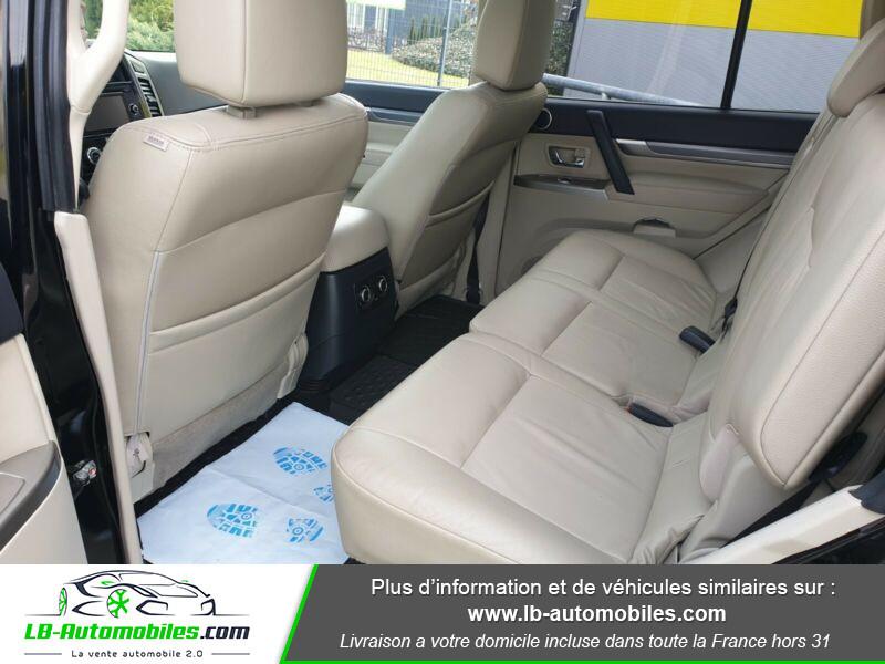 Mitsubishi Pajero 3.2 DI-D Noir occasion à Beaupuy - photo n°17
