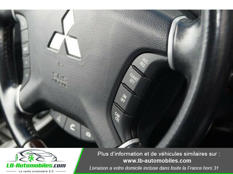 Mitsubishi Pajero 3.2 DI-D Noir occasion à Beaupuy - photo n°10