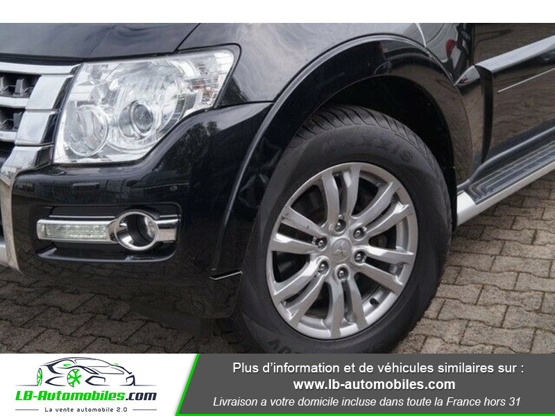 Mitsubishi Pajero 3.2 DI-D Noir occasion à Beaupuy - photo n°4