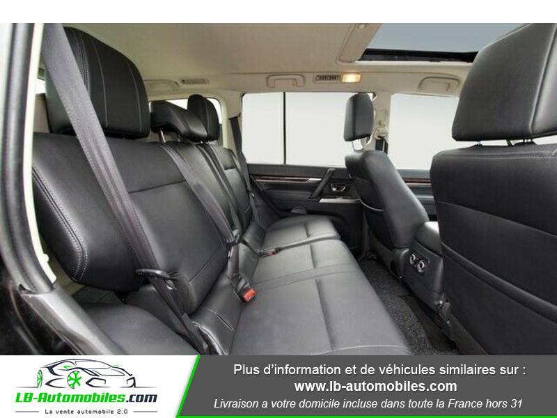 Mitsubishi Pajero 3.2 DI-D Noir occasion à Beaupuy - photo n°18