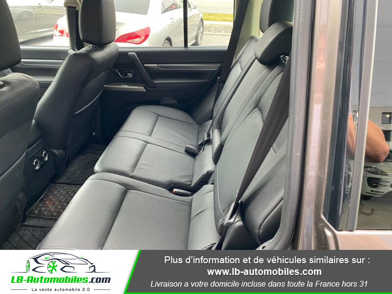 Mitsubishi Pajero 3.2 DI-D Marron occasion à Beaupuy - photo n°5