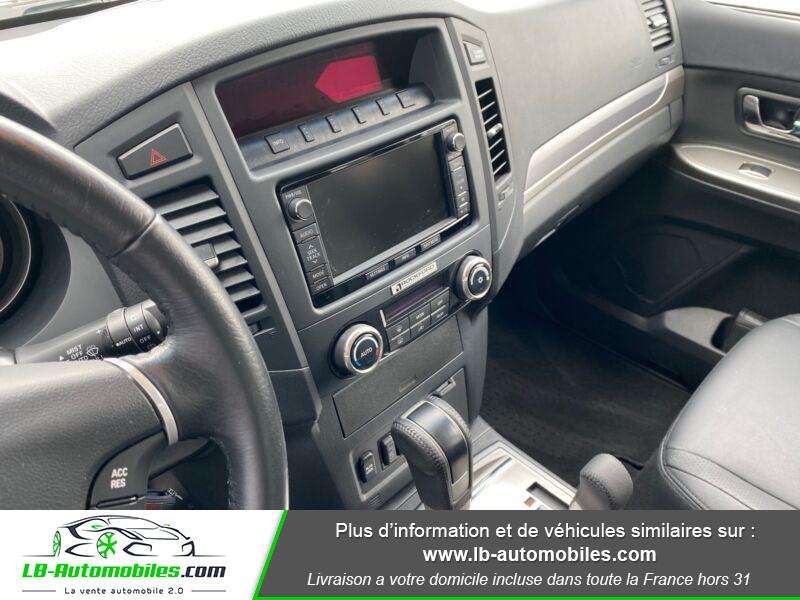Mitsubishi Pajero 3.2 DI-D Marron occasion à Beaupuy - photo n°6