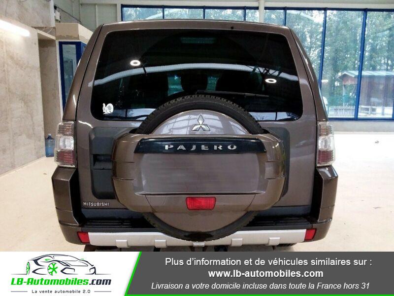 Mitsubishi Pajero 3.2 DI-D Marron occasion à Beaupuy - photo n°3