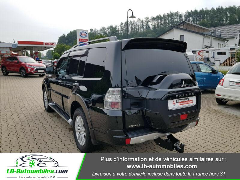 Mitsubishi Pajero 3.2 DI-D Noir occasion à Beaupuy - photo n°3