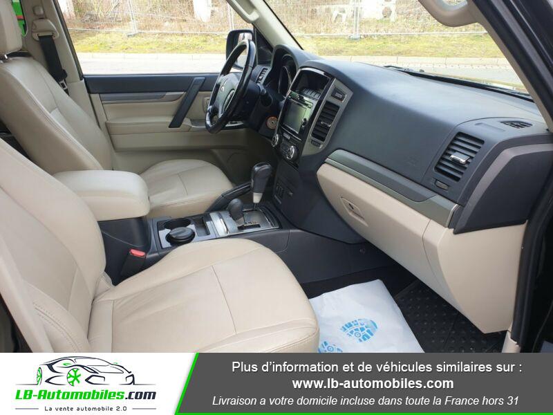 Mitsubishi Pajero 3.2 DI-D Noir occasion à Beaupuy - photo n°16