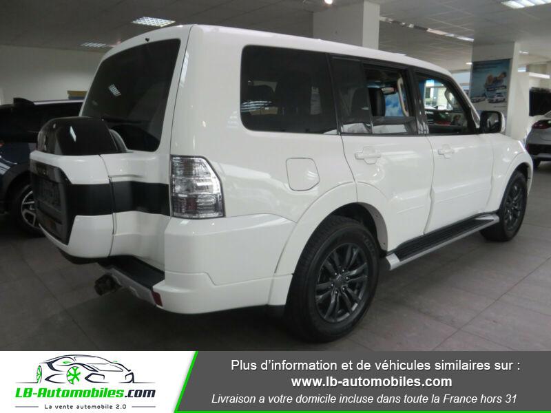 Mitsubishi Pajero 3.2 DI-D Blanc occasion à Beaupuy - photo n°3