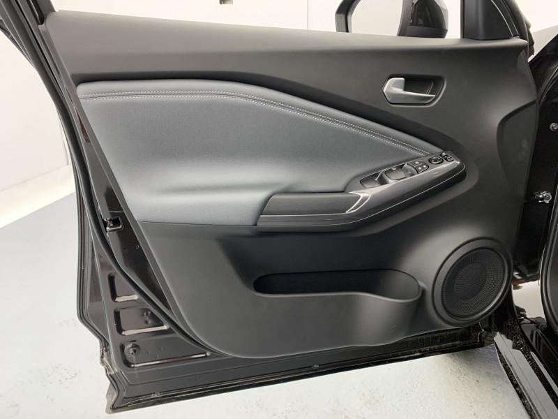 Nissan Juke 1.0 DIG-T 114ch N-Connecta +GPS Noir occasion à SAINT-GREGOIRE - photo n°11