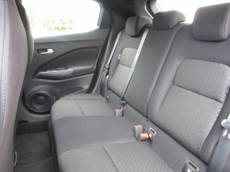 Nissan Juke DIG-T 117 Acenta Blanc occasion à Périgueux - photo n°10