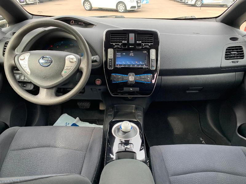 Nissan Leaf 109ch 24kWh Acenta Blanc occasion à Olivet - photo n°8
