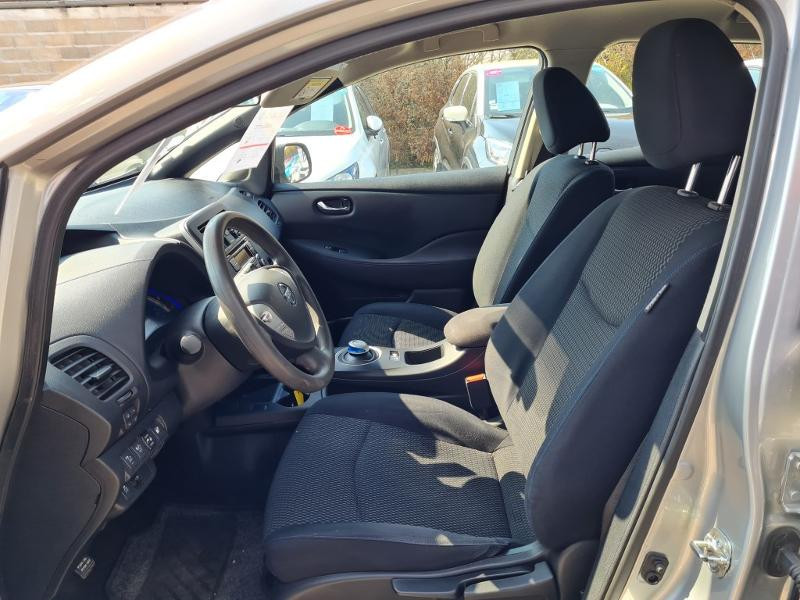 Nissan Leaf 109ch 24kWh Visia Gris occasion à Auxerre - photo n°12