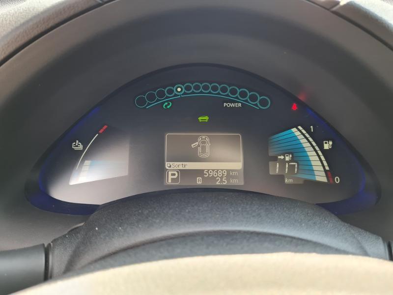 Nissan Leaf 109ch 24kWh Visia Gris occasion à Auxerre - photo n°3