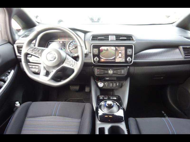 Nissan Leaf 150ch 40kWh Acenta 19.5 Blanc occasion à Rodez - photo n°17