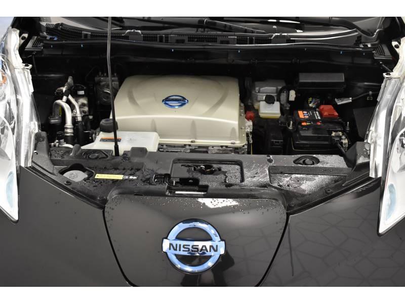 Nissan Leaf 2017 Electrique 30kWh Acenta Noir occasion à Limoges - photo n°15