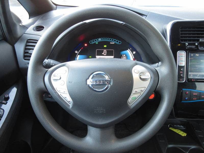 Nissan Leaf 2017 Electrique 30kWh Acenta Gris occasion à Périgueux - photo n°10