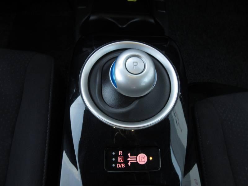 Nissan Leaf 2017 Electrique 30kWh Acenta Gris occasion à Périgueux - photo n°12