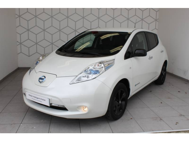 Nissan Leaf 2017 Electrique 30kWh Black Edition Blanc occasion à Lescar - photo n°2