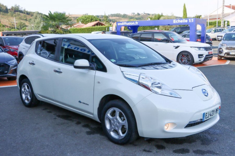 Nissan Leaf 24KWH ACENTA GPS Blanc occasion à Lescure-d'Albigeois - photo n°3