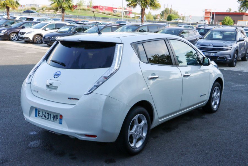 Nissan Leaf 24KWH ACENTA GPS Blanc occasion à Lescure-d'Albigeois - photo n°2