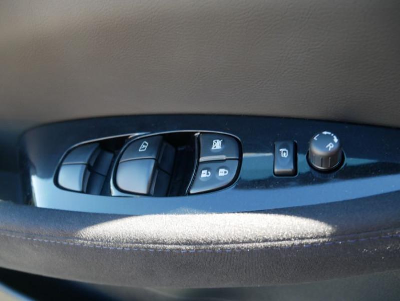 Nissan Leaf 24KWH DESIGN EDITION Panneau Solaire Blanc occasion à Toulouse - photo n°16