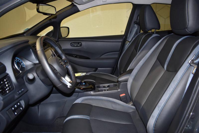 Nissan Leaf Leaf Electrique 40kWh Tekna 5p Gris occasion à Limoges - photo n°11