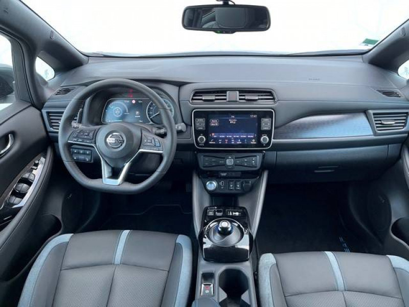 Nissan Leaf Leaf Electrique 62kWh Tekna 5p Gris occasion à Champniers - photo n°6