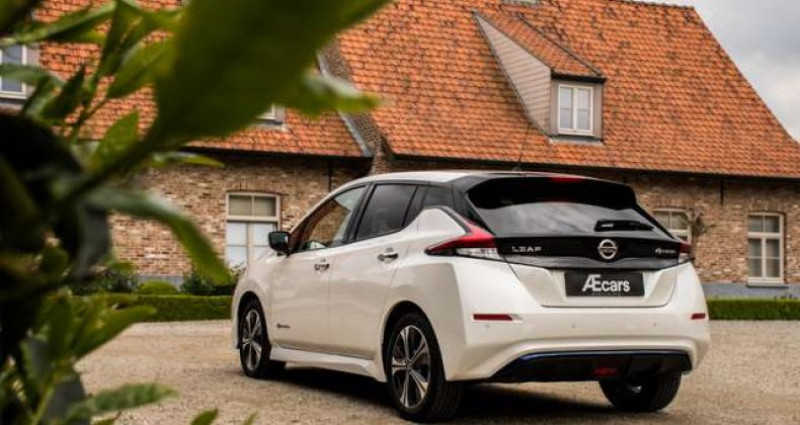Nissan Leaf N-CONNECTA - 40KWH - BELGIAN CAR - 1 OWNER Blanc occasion à IZEGEM - photo n°4