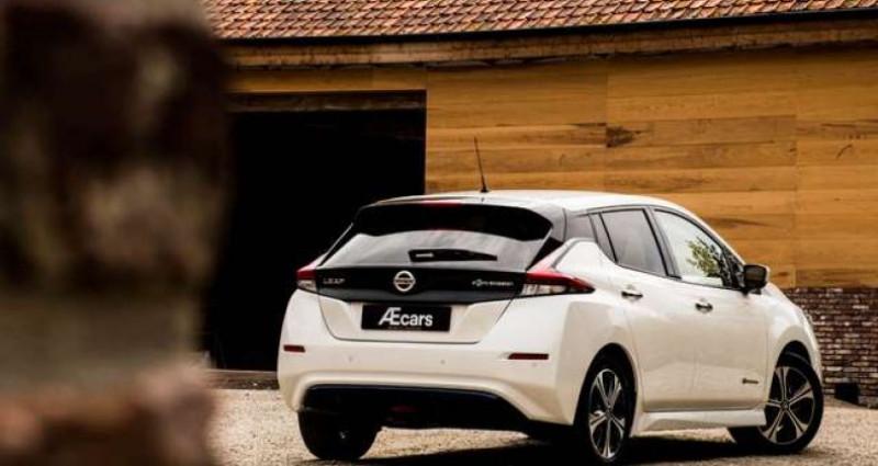 Nissan Leaf N-CONNECTA - 40KWH - BELGIAN CAR - 1 OWNER Blanc occasion à IZEGEM - photo n°2