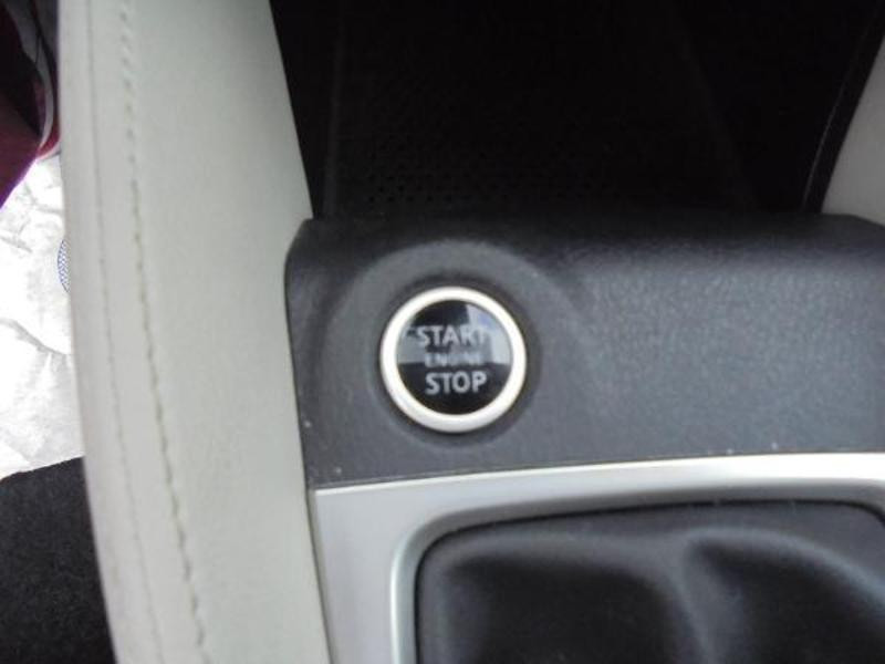 Nissan Micra 0.9 IG-T 90ch N-Connecta GPS Blanc occasion à Samoreau - photo n°16