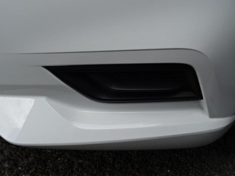 Nissan Micra 1.0 - 71 2019  V 2017 Visia Pack Blanc occasion à Labège - photo n°11